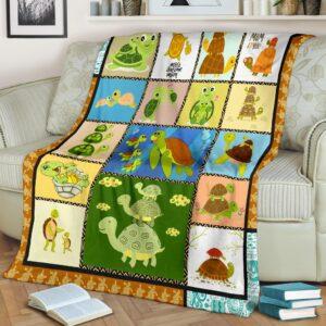 Turtle Most Avesome Mom Fleece Blanket