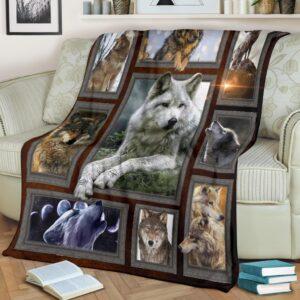Wolf Light Fleece Blanket