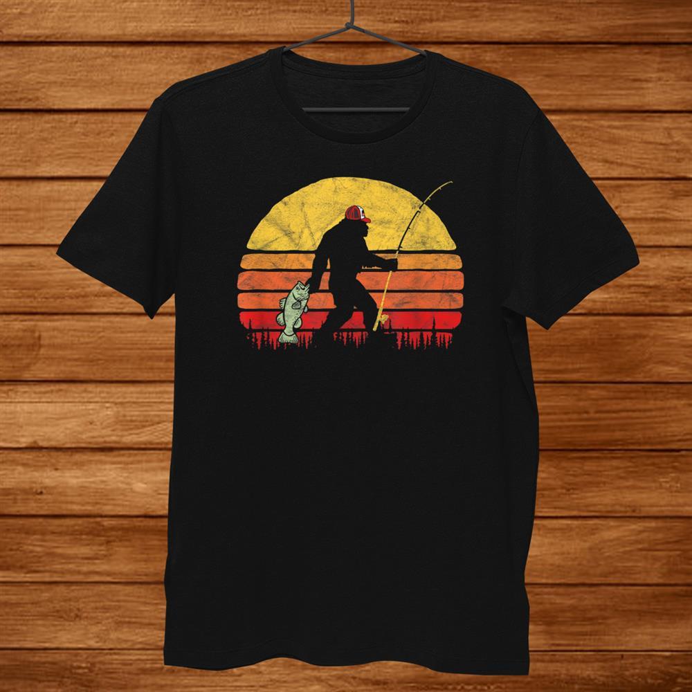 Bass Fishing Funny Bigfoot In Trucker Hat Retro Shirt