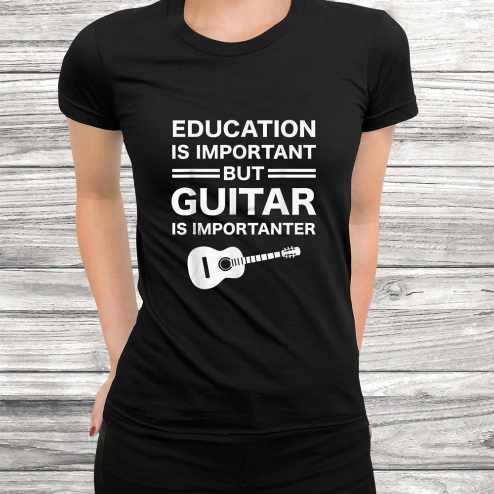 Funny Guitars Vintage Guitarist Guitar Player Gift T Shirt