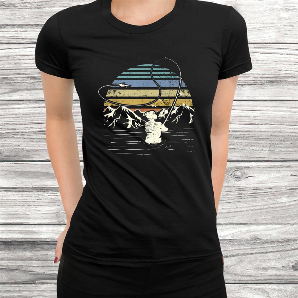 Retro Vintage Style Fly Fishing Gift Design Fish Fans Shirt
